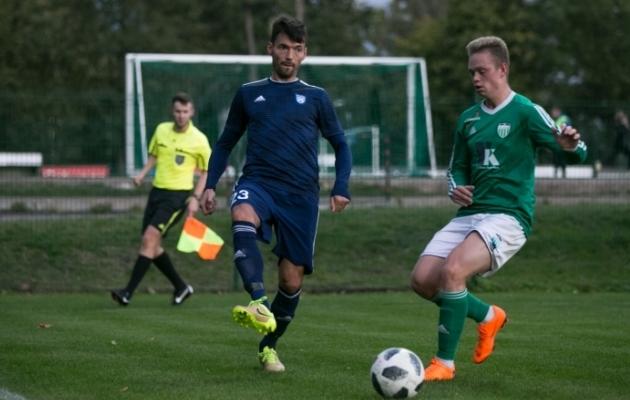 Malov (sinises) täna Levadia U21 vastu. Foto: Brit Maria Tael