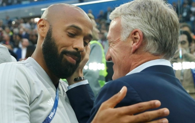 Thierry Henry ja Didier Deschamps. Foto: Scroll.in