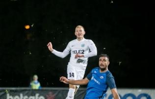 Sinjavski penalti aitas Flora noortel teist kohta tsementeerida