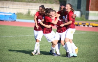 Eesti naised võõrsil: Tammikult kaks väravat; Barcelona FA'le järjekordne võit