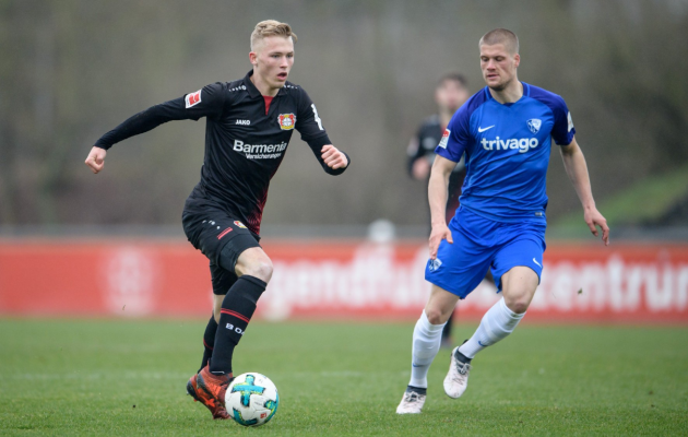 Veel aasta tagasi oli Tim Stappmann (mustas) Leverkuseni nimekirjas. Foto: Leverkuseni Bayeri Twitter