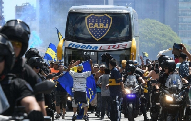 Kuidas tähistada Copa Libertadorese finaalis juhtväravat? Näita keelt!