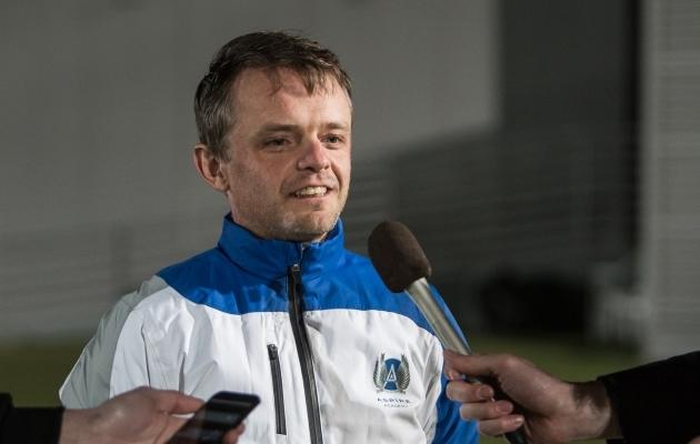 Nappir külastas Eesti koondise treeningut. Koondise heaks töötas ta aastatel 2013-2016. Foto: Jana Pipar / EJL
