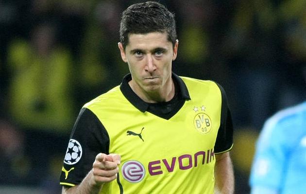 Dortmundi Borussia eelistas 2013-14 hooaja eel Robert Lewandowski väravaid Müncheni Bayerni pakutud rahale. Foto: BVB kodulehekülg