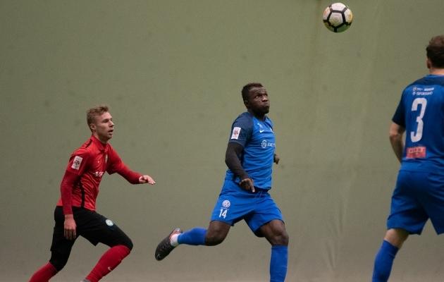 Frankline Okoye mängud Tartu Tammeka särgis on ettevalmistusperioodiga mängitud. Foto: Liisi Troska
