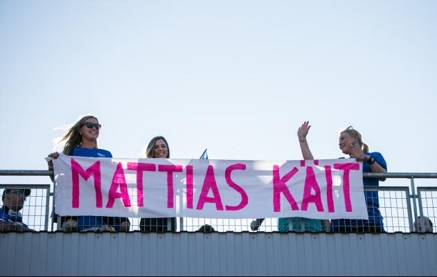Koondisemängudel on alati kohal ka Mattias Käidi fännid. Foto: Brit Maria Tael