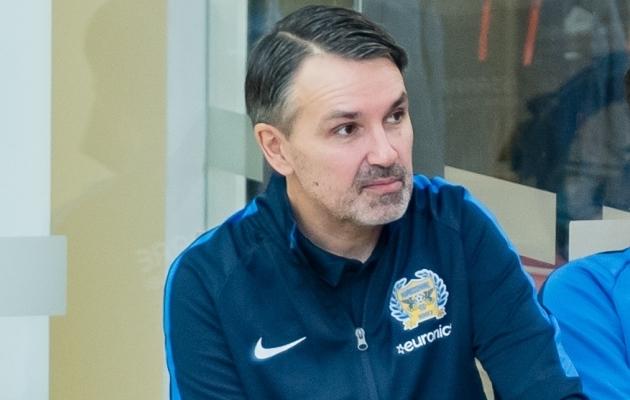 Kuressaare peatreener Jan Važinski. Foto: Allan Mehik