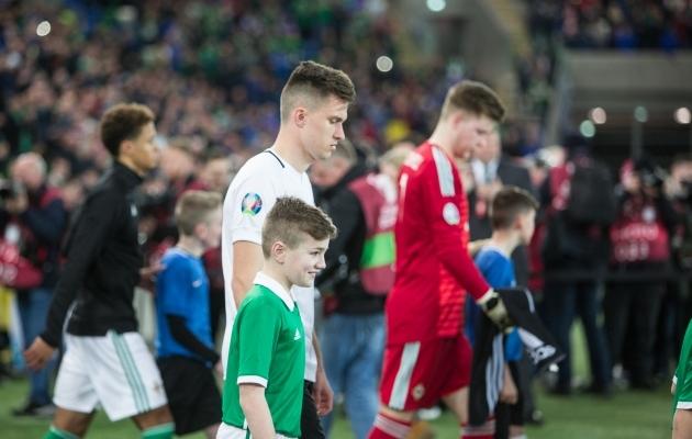 Segadusest hoolimata astusid mõlemad meeskonnad väljakule õigel ajal. Foto: Jana Pipar / EJL