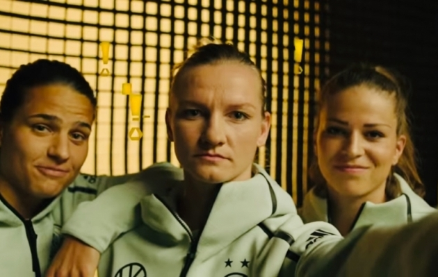 Kas tead mu nime? (Vasakult: Dzsenifer Marozsan, Alexandra Popp ja Melanie Leupolz. Foto: Youtube