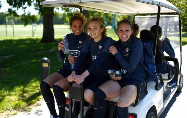 Prantsusmaa naiskonna liikmed MM-i eelses treeninglaagris. Foto: twitter.com/equipedefrance