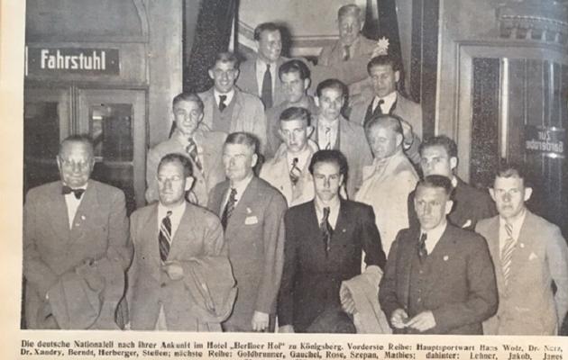 Saksamaa koondis tuli Eestit mütsiga lööma, aga pidi palju vaeva nägema. Foto: Kicker, 1937