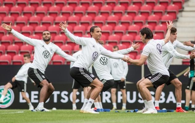 Saksamaa jalgpallikoondise eilne treening Mainzi Opel Arenal. Foto: Jana Pipar / jalgpall.ee