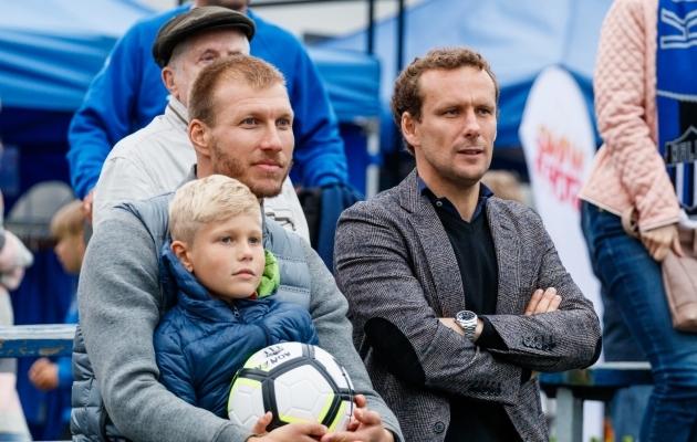Klavan vaatas tänast Kalevi ja Levadia mängu koos Eesti koondise ja FC Flora poolkaitsja Konstantin Vassiljeviga. Foto: Oliver Tsupsman