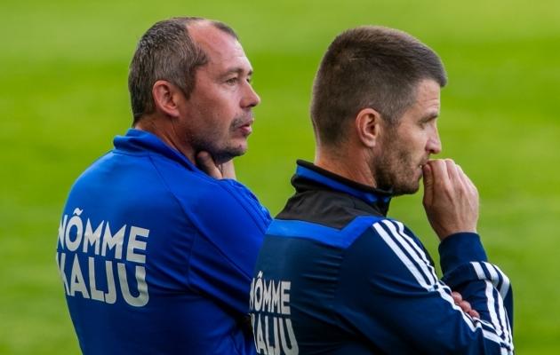 Nõmme Kalju peatreener Roman Kožuhhovski (paremal) ja abitreener Sergei Terehhov. Foto: Gertrud Alatare