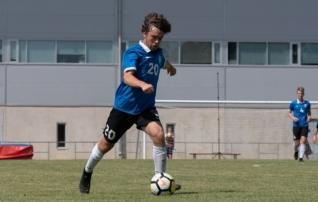 Täppidega või ilma, vahet pole: USA poiss Luke Varav kannab Eesti särki uhkusega