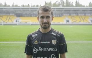 Beglarišvili esmakordselt algkoosseisus, Vaasa lõpetas piinarikka seeria