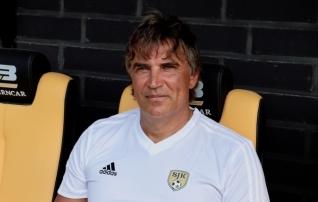 Soome kõrgliigas palliva kolme eestlase koduklubi peatreener sai kinga