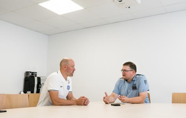 Soccernet.ee vestles rahvusmeeskonna peatreeneriga eelmisel teisipäeval A. Le Coq Arenal. Foto: Brit Maria Tael