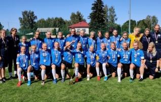 Kolmest kolm: Eesti neiud tegid U15 Balti turniiril puhta töö
