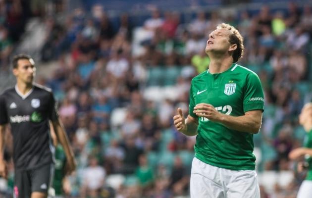 FC Flora ründav poolkaitsja Konstantin Vassiljev. Foto: Jana Pipar / jalgpall.ee