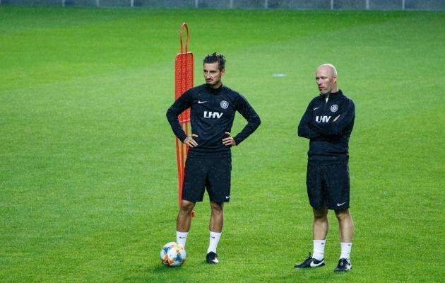 Levadia peatreeneritöö kõrval on Vladimir Vassiljev Eesti koondises Karel Voolaidi abitreener. Foto: Oliver Tsupsman
