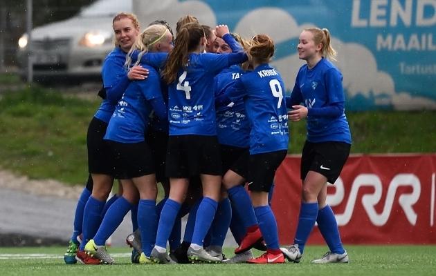 Saku Sportingu naiskond. Foto: Imre Pühvel