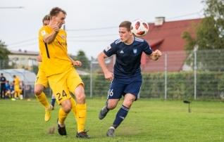 VAATA JÄRELE: Täpne penalti andis Kuressaarele tähtsa võidu Maardu üle