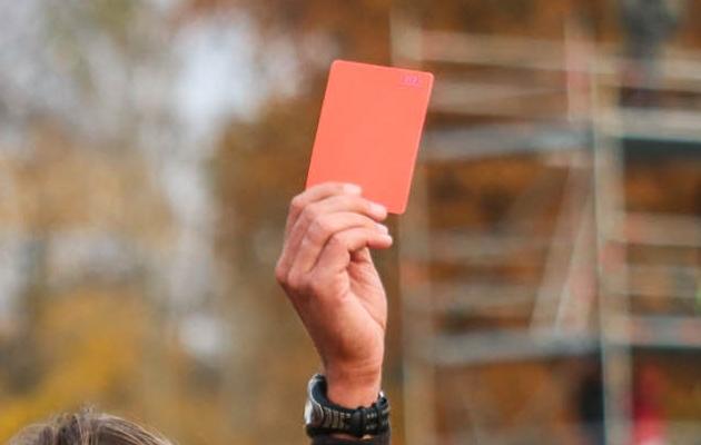 Turvafirma Meeskond väärib kohest punast kaarti. Foto: Brit Maria Tael