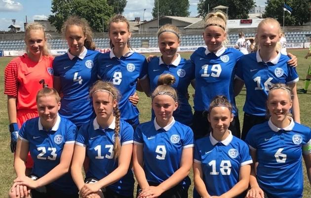 Eesti neidude U19 koondis suvisel Balti turniiril. Foto: Liisi Troska / jalgpall.ee