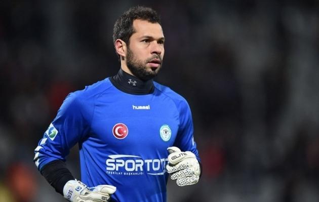 Rekordid on purustamiseks mõeldud! Türgi liiga väravavaht sai liiga ajaloo kiireima punase