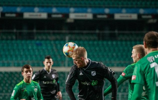 Vladislav Homutov lõi teist mängu järjest Kalju eest värava. Foto: Oliver Tsupsman