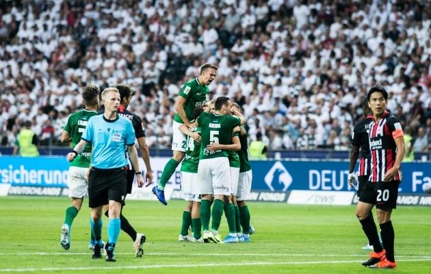 Flora skooris Frankfurti Eintrachti vastu nii kodus kui ka võõrsil. Foto: Brit Maria Tael