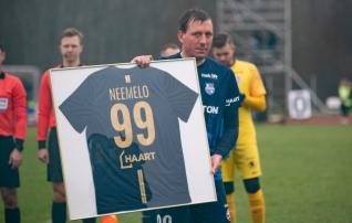 Jalgpalliga lõpparve teinud Neemelo debüteeris korvpalliliigas
