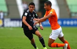 OTSEPILT: Robben küttis mehhiklased üles, noored proovivad kätte maksta  (poolaeg 0:0)