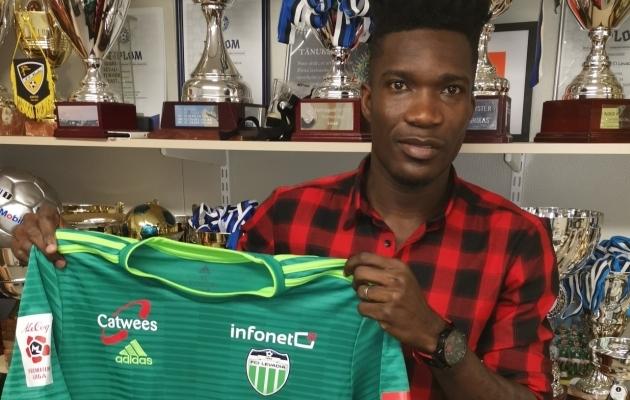 Manucho sõlmis Levadiaga aastase lepingu. Foto: fcilevadia.ee