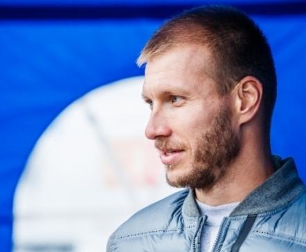 Eesti parim jalgpallur on kuuendat aastat järjest Ragnar Klavan  (parim naine Inna Zlidnis)