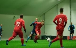 Uus võistlussari avas murujalgpalli aasta