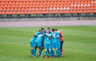 28 teises liigas mängivast klubis 13 esindavad Tallinna või Harjumaad