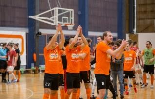 Kinnitati saalijalgpalli meistrivõistluste koosseisud