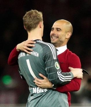 Manuel Neuer ja Pep Guardiola. Foto: Müncheni Bayerni Twitter