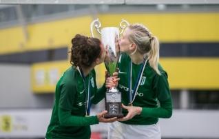 25-aastasest koondislasest sai pealtvaataja. Lepik: naiste jalgpall ei ole Eestis prioriteetide seas ja selleks, et midagi muutuks, hakkab aeg otsa saama