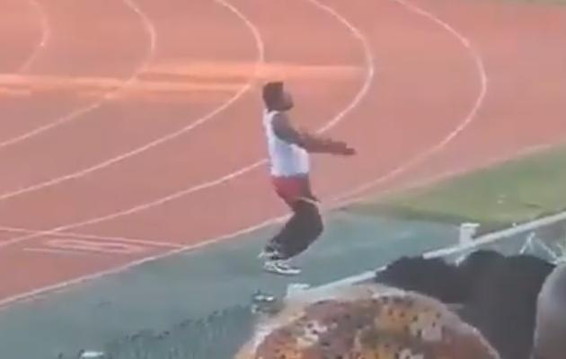Video: Sansibaris läks treener täitsa hulluks ja sai 6-kuulise juhendamiskeelu