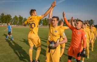 Ühise jalgpallikeele leidnud Kuressaare panustab ühtsusele ja palliga mängule