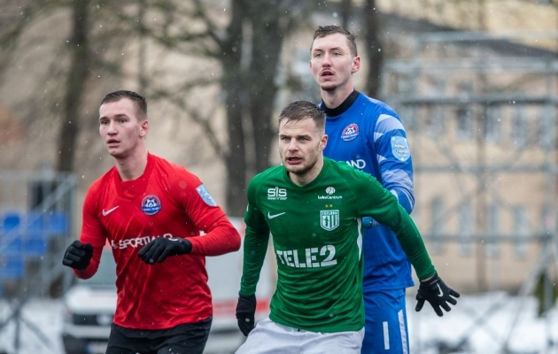 Kui Narva Trans ja FC Flora tänavuses superkarikafinaalis vastamisi olid, sõitis Flora Narvast koju 2:0 võiduga, kus avavärava autoriks oli Rauno Sappinen (rohelises). Foto: Brit Maria Tael