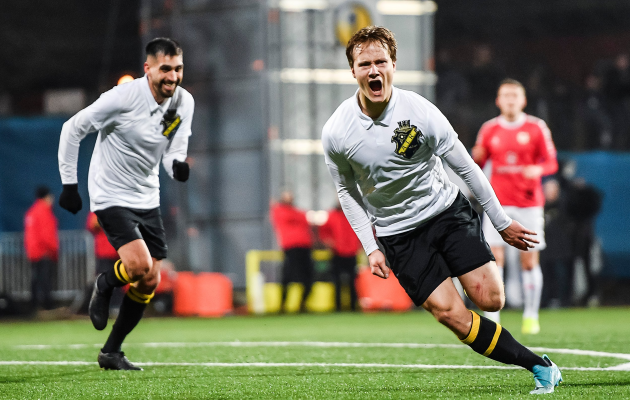 Saku Ylätupa lõi oma esimesed ametlikud väravad AIK särgis. Foto: AIK Twitter