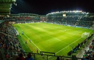 Jalgpalliliit tasub FC Flora võla Tallinna linnale