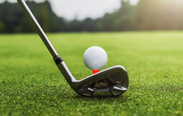 Golfikepp + jalgpall? Need kaks sobivad ebaloogilisel moel täiuslikult kokku