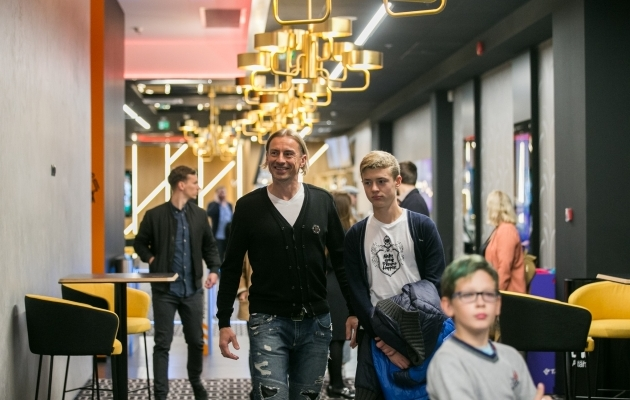 Sergei Pareiko oma poja Daniil Pareikoga. Foto: Brit Maria Tael