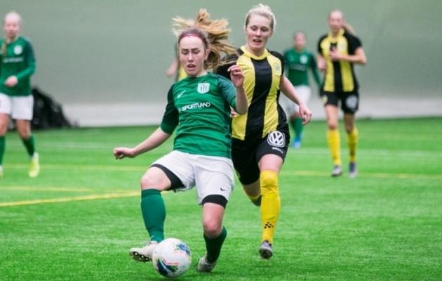 FC Flora jalgpallur Kärt Mere aktsioonis jaanuaris toimunud treeningmängus Hammarby IF-i vastu. Foto: Brit Maria Tael