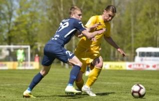 VAATA JÄRELE: Paide sai raskelt alanud mängus Kuressaare üle mängitud
